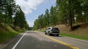 2019 Toyota RAV4 TV Spot, 'More Standard Features' [T2] - Thumbnail 9