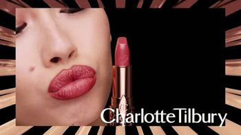 Charlotte Tilbury TV Spot, 'Hot Lips 2: 11 Shades Inspired by Icons' - Thumbnail 4