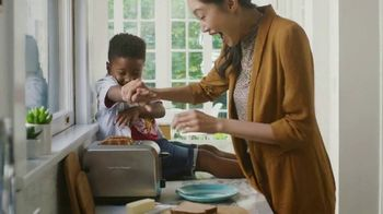 Kohl's TV Spot, 'Back to School: Bedding Sets, Small Electrics & Dorm Essentials'