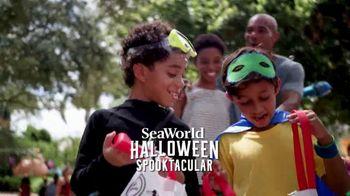 SeaWorld Halloween Spooktacular TV Spot, '2020 Fun Card'