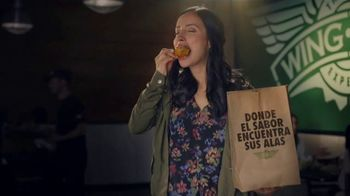 Wingstop TV Spot, 'Pocas primeras veces' [Spanish]