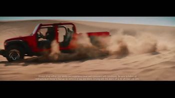 2020 Jeep Gladiator TV Spot, 'Seats' Song by Zayde Wolf [T1] - Thumbnail 2