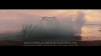 2020 Jeep Gladiator TV Spot, 'Seats' Song by Zayde Wolf [T1] - Thumbnail 5