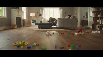 Lumber Liquidators Fall Flooring Kickoff TV Spot, 'Off Limits Room' - Thumbnail 7