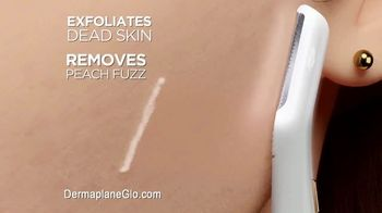 Finishing Touch Flawless Dermaplane Glo TV Spot, 'Are You Dermaplaning Yet?' - Thumbnail 7