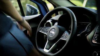 Nissan Versa TV Spot, 'Rear Door Alert: Heat Stroke' [T1] - Thumbnail 4