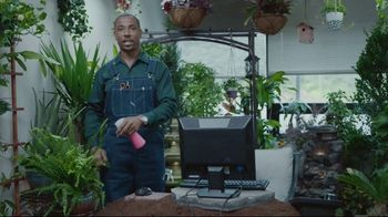 Lowe's TV Spot, 'All Season Long: Greenhouse' Featuring Rodney Harrison, Chris Simms