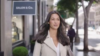 Clairol Root Touch-Up TV Spot, 'Without the Salon' - Thumbnail 9