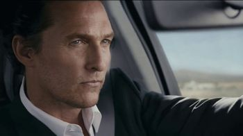 2020 Lincoln Aviator TV Spot, 'Fresh Take On Movement' Featuring Matthew McConaughey [T1] - Thumbnail 4