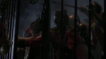 Busch Gardens Howl-O-Scream TV Spot, 'All Hell is Breaking Loose' - Thumbnail 4