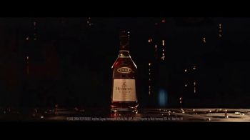 Hennessy V.S.O.P Privilège TV Spot, 'The Potential Within Every Drop' - Thumbnail 9