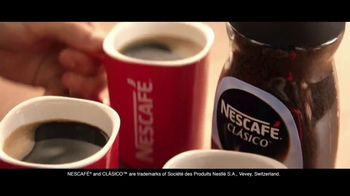 Nescafe Clásico TV Spot, 'Stopping to Keep Going' con Ricky Martin [Spanish] - Thumbnail 5