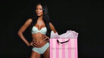 Victoria's Secret Semi-Annual Sale TV Spot, 'Steal the Show' - Thumbnail 5