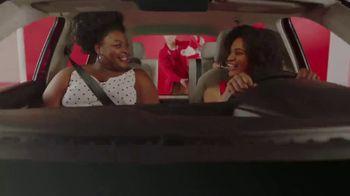 Target Drive Up TV Spot, 'Verano' canción de Carlos Vives [Spanish] - Thumbnail 5