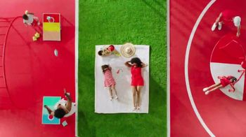 Target Drive Up TV Spot, 'Verano' canción de Carlos Vives [Spanish] - Thumbnail 7