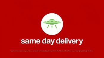 Target TV Spot, 'Verano: servicios' canción de Carlos Vives [Spanish] - Thumbnail 10