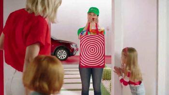 Target TV Spot, 'Verano: servicios' canción de Carlos Vives [Spanish] - Thumbnail 5