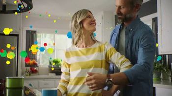 Centrum MultiGummies TV Spot, 'Specially Crafted for Men and Women 50+' - Thumbnail 6