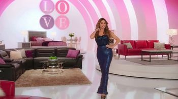 Rooms to Go TV Spot, 'Sofia Vergara Collection: Poem' Featuring Sofia Vergara - Thumbnail 4
