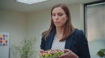 Wendy's Berry Burst Chicken Salad TV Spot, 'Bob Mary' - Thumbnail 2