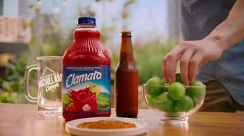 Clamato TV Spot, 'Entre amigos' [Spanish]
