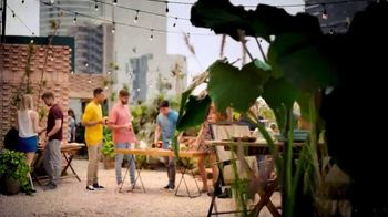 Clamato TV Spot, 'Entre amigos' [Spanish] - Thumbnail 3
