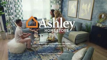 Ashley HomeStore One Day Sale TV Spot, '25% Off: No Minimum Purchase' Song by Midnight Riot - Thumbnail 8