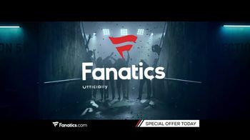 Fanatics.com TV Spot, 'Support Your Favorite College' - Thumbnail 10