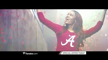 Fanatics.com TV Spot, 'Support Your Favorite College' - Thumbnail 4