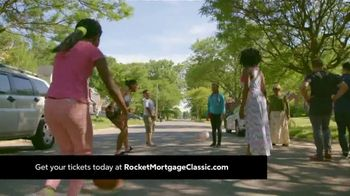 Quicken Loans Rocket Mortgage Classic TV Spot, 'Celebrate Our City' - Thumbnail 4