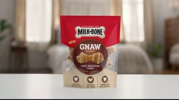 Milk-Bone Gnaw Bones TV Spot, 'Keep or Toss' - Thumbnail 8