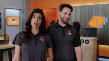 Boost Mobile Unlimited Gigs TV Spot, 'Can't Stream or Share?' - Thumbnail 4