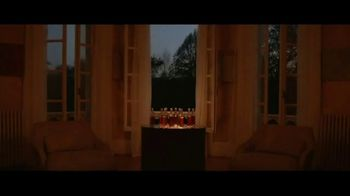 Hennessy V.S.O.P Privilège TV Spot, 'Repeat the Unrepeatable' - Thumbnail 4