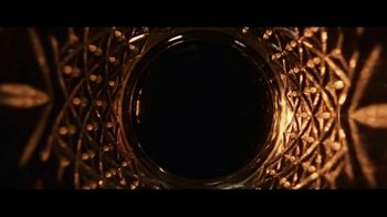 Hennessy V.S.O.P Privilège TV Spot, 'Repeat the Unrepeatable' - Thumbnail 8