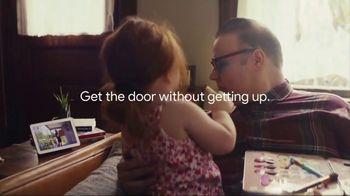 Google Nest Hub TV Spot, 'Get the Door: Smart Light Starter Kit' Song by Valentino - Thumbnail 4
