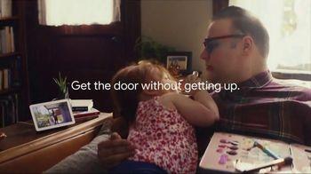 Google Nest Hub TV Spot, 'Get the Door: Smart Light Starter Kit' Song by Valentino - Thumbnail 5