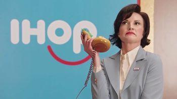 IHOP TV Spot, 'Mira esos panqueques' [Spanish] - Thumbnail 8