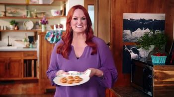 The Pioneer Woman Frozen Meals TV Spot, 'Chorizo Egg Bites' Featuring Ree Drummond - Thumbnail 5