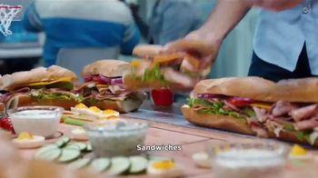 Coca-Cola TV Spot, 'Food Feuds: comida para el partido'