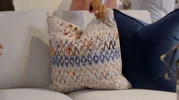 Bassett Anniversary Sale TV Spot, 'Fit Your Style: 35 Percent' - Thumbnail 8