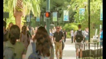 Tulane University TV Spot, 'Making an Impact' - Thumbnail 3