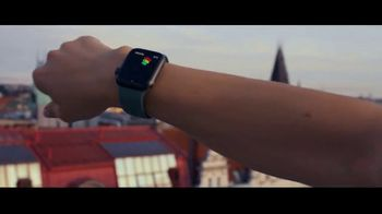 Apple Watch Series 5 TV Spot, 'This Watch Tells Time' - Thumbnail 6