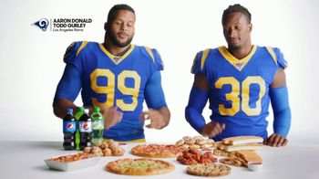 Pizza Hut $5 'N Up Lineup TV Spot, 'Aaron Donald & Todd Gurley Approved' - Thumbnail 2