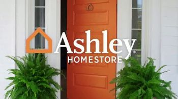 Ashley HomeStore Customer Appreciation Mattress Event TV Spot, 'Free Delivery and Ashley Cash' - Thumbnail 1