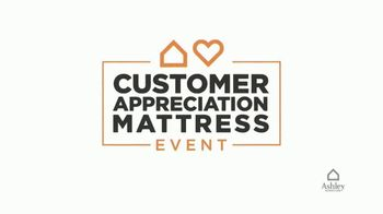 Ashley HomeStore Customer Appreciation Mattress Event TV Spot, 'Free Delivery and Ashley Cash' - Thumbnail 3
