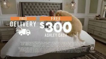 Ashley HomeStore Customer Appreciation Mattress Event TV Spot, 'Free Delivery and Ashley Cash' - Thumbnail 6