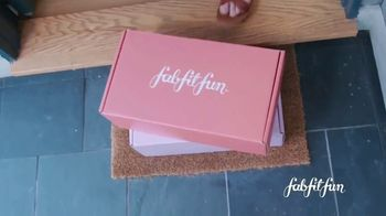 FabFitFun.com TV Spot, 'Best Day Ever' Featuring Carly Waddell and Jade Roper - Thumbnail 2