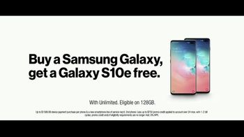 Verizon TV Spot, 'Give It All: Samsung Galaxy S10e' - Thumbnail 10