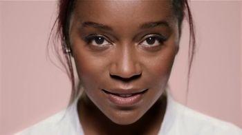 L'Oreal Paris True Match TV Spot, 'Sin límites' con Elle Fanning, Amber Heard, Aja Naomi King [Spanish] - Thumbnail 2