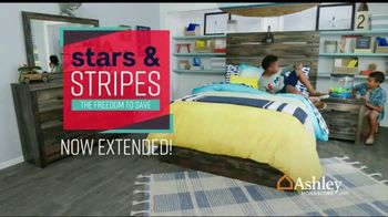 Ashley HomeStore Stars & Stripes Event TV Spot, 'Final Days: Doorbuster' Song by Midnight Riot - Thumbnail 2